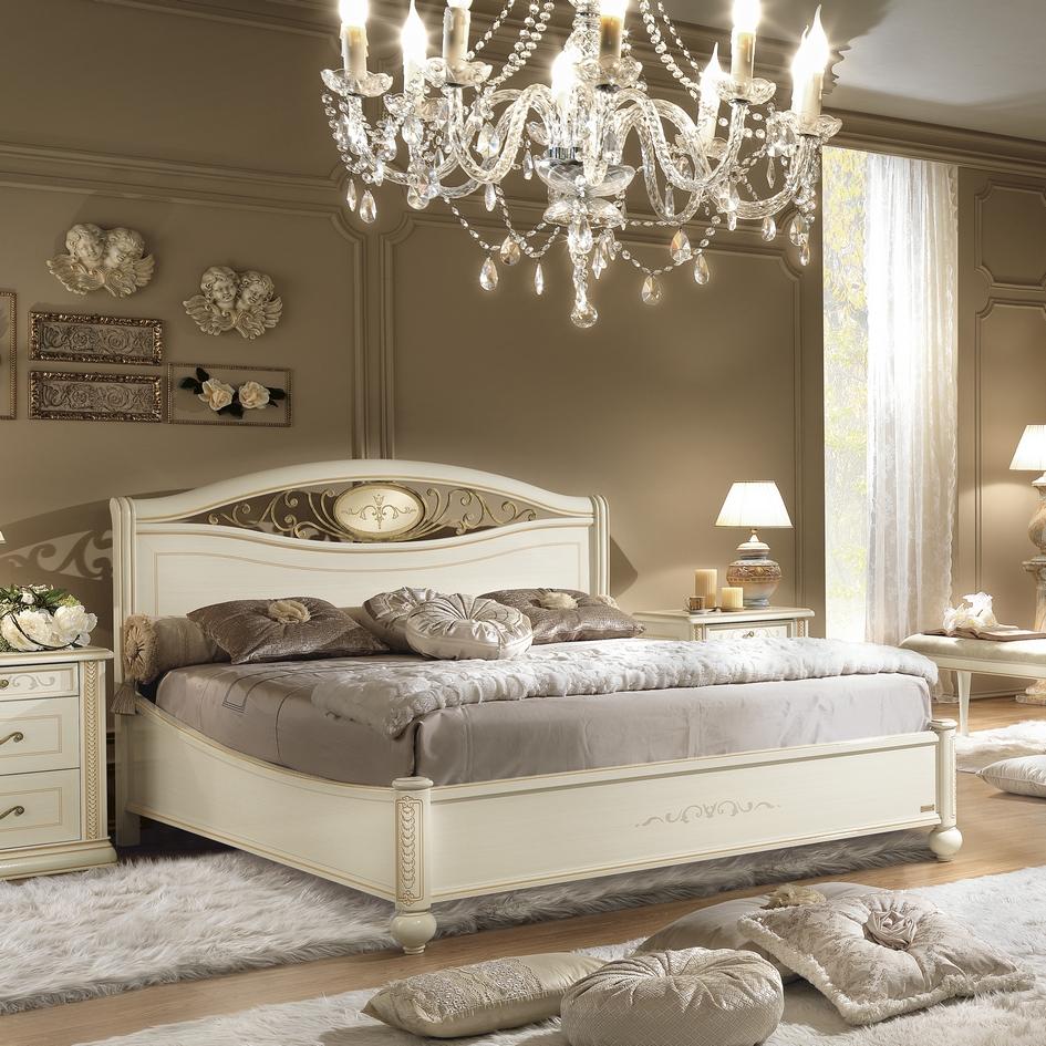 Bed wit klassiek Siena