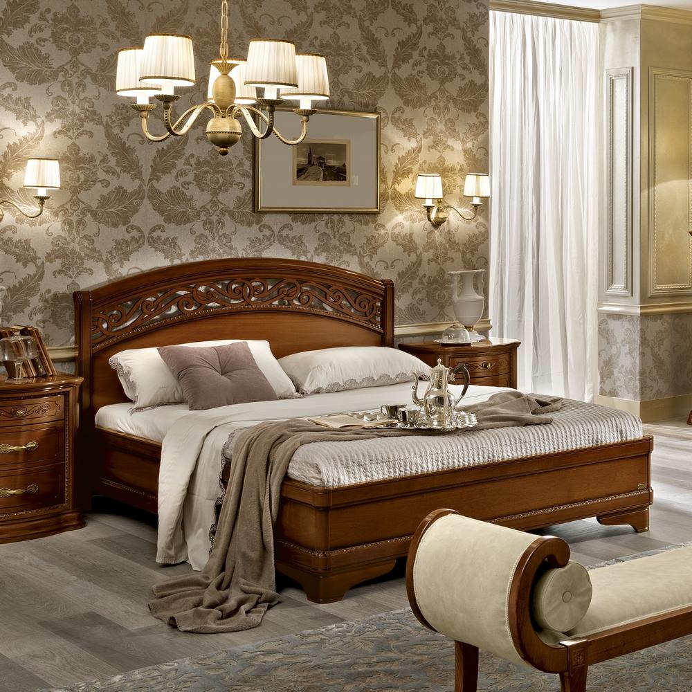 klassiek bed notenhout torriani