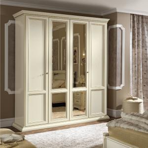 Kledingkast klassiek wit met spiegeldeuren